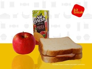 Lanche contendo suco 200ml, sanduíche e maçã.